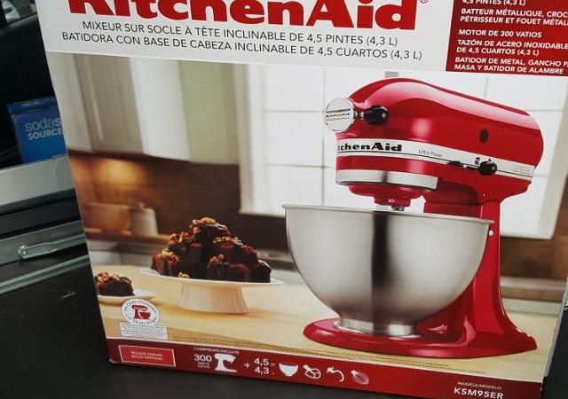 Test & Keep a KitchenAid Artisan Mixer!